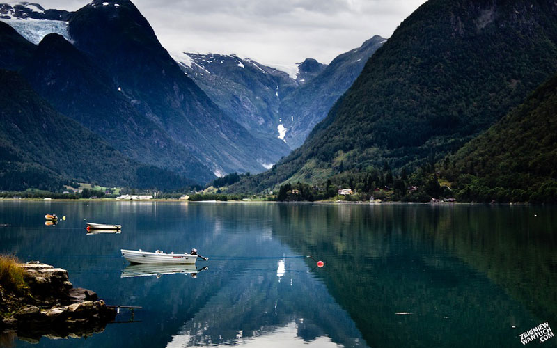 5 fjaerland norway An Incredible Photo Tour of Norway