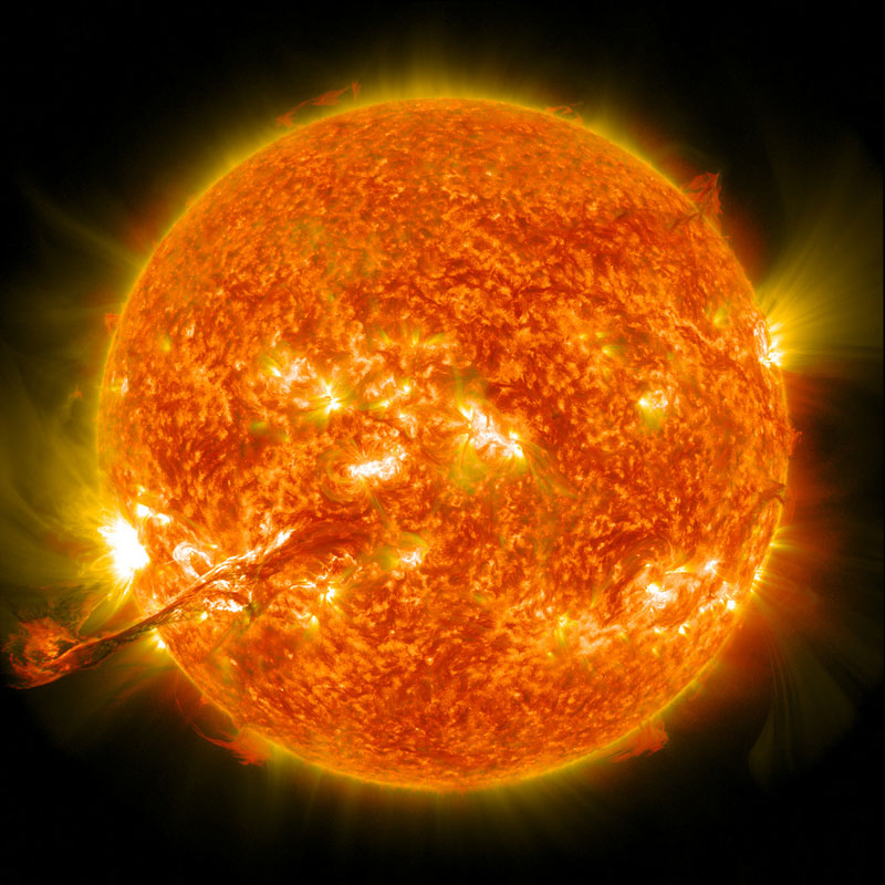 eruption on the sun Picture of the Day: Our Sun Erupts