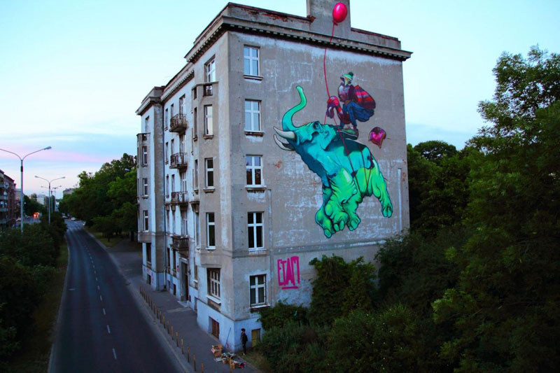 etam crew baloon street art mural lodz poland 2011 Colossal Street Art by Sainer and Bezt