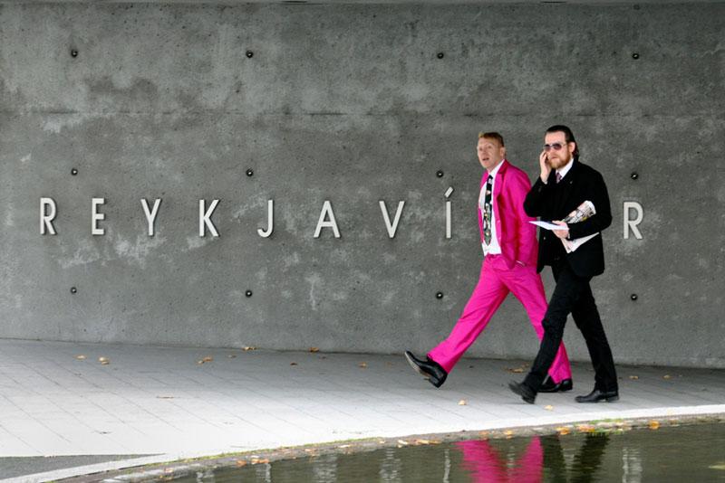 jon gnarr pink suit mayor of reykjavik iceland 12 Reasons Why Jon Gnarr is the Worlds Most Interesting Mayor