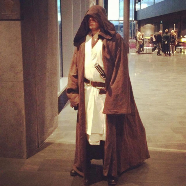 mayor of reykjavic dressed as a jedi 12 Reasons Why Jon Gnarr is the Worlds Most Interesting Mayor