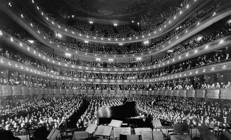 metropolitan opera house concert by pianist josef hofmann Picture of the Day: Inside the Old Metropolitan Opera House