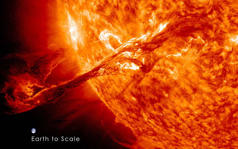 our sun erupts Picture of the Day: Our Sun Erupts
