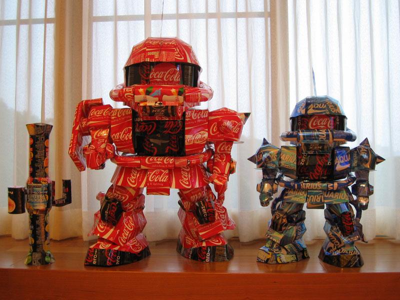 robots  made from aluminum cans japanese artist makaon