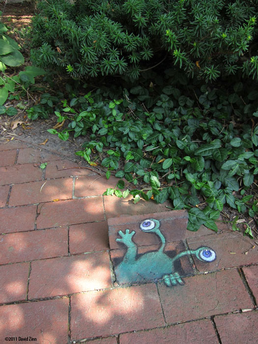 sluggos subway by david zinn The Incredible 3D Chalk Art of David Zinn