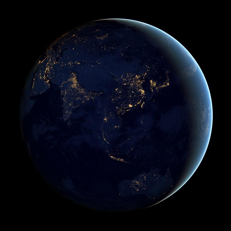 அன்றாடம் அசத்தல் படங்கள்  - Page 19 Black-dark-marble-nasa-earth-at-night-4