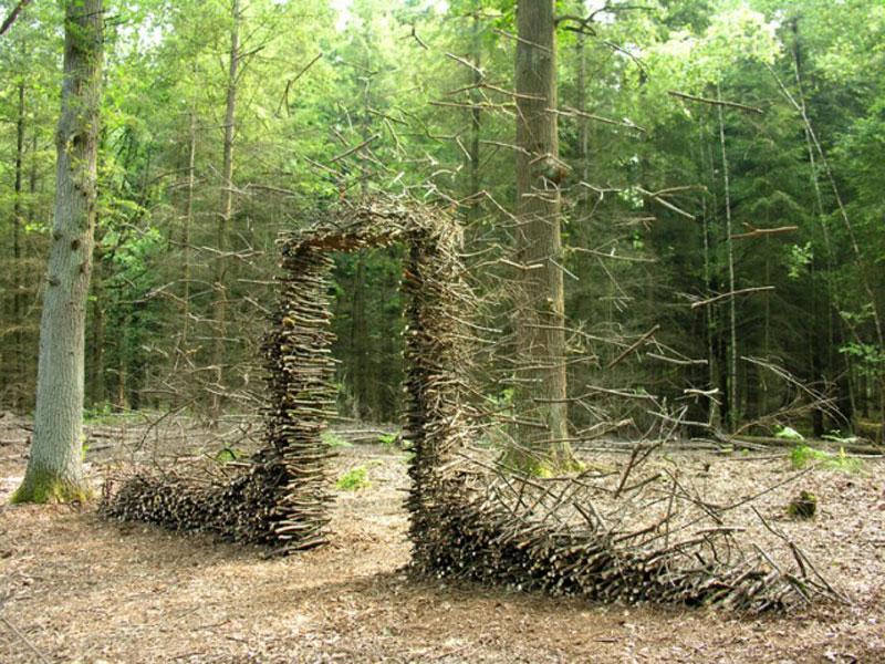 Gravity-Defying Sculptures by CorneliaKonrads