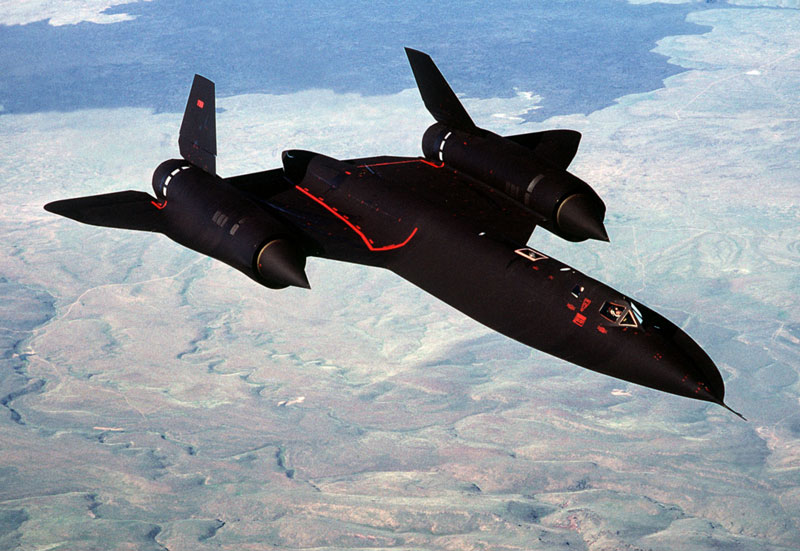 fastest airplane ever lockheed SR-71 blackbird (1)
