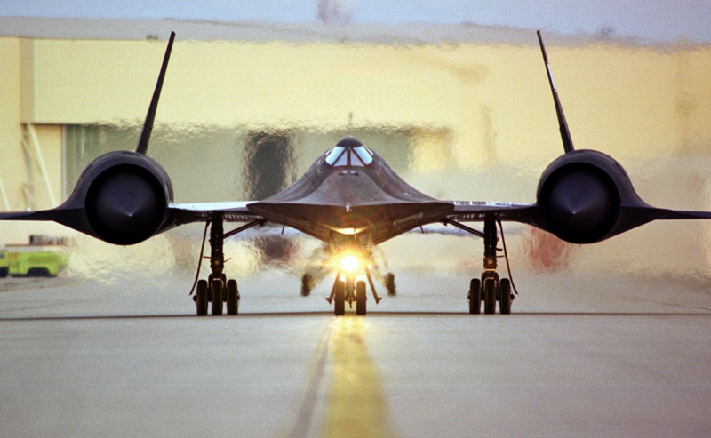 fastest airplane ever lockheed SR-71 blackbird (6)