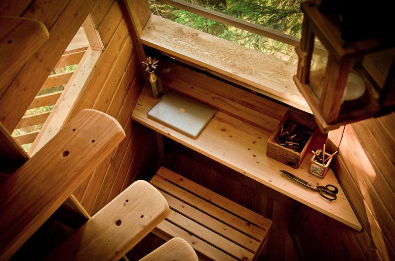 HemLoft secret treehouse hiding in the woods of whistler canada (14)