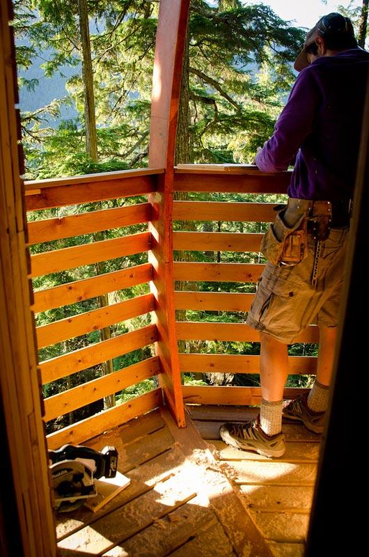 HemLoft secret treehouse hiding in the woods of whistler canada (9)