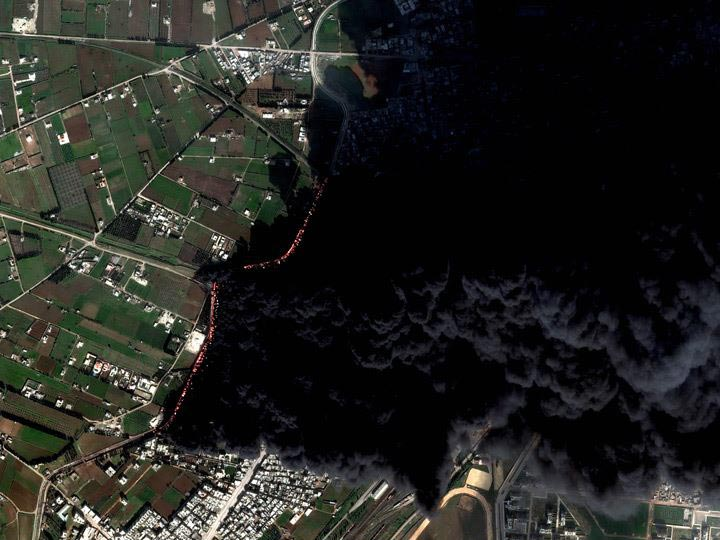 Homs-Syria-2-15-12-pipeline-fire digitalglobe satellite image