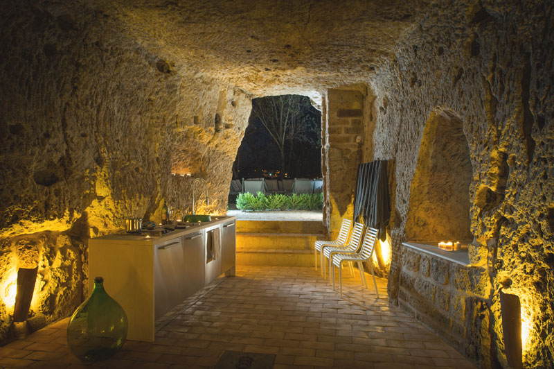 house with underground caverns domus civita studio f fradiani italy (7)