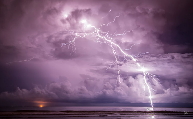 Picture of the Day: Long Exposure Lightning Strike