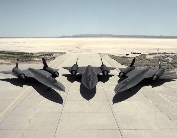 lockheed SR-71 Blackbird fastest plane in the world (7)