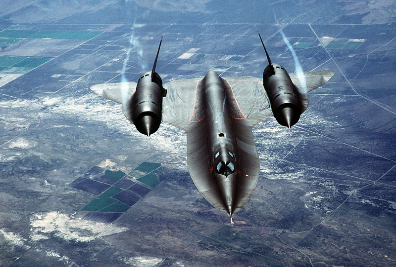 worlds fastest plane lockheed sr-71 blackbird (6)