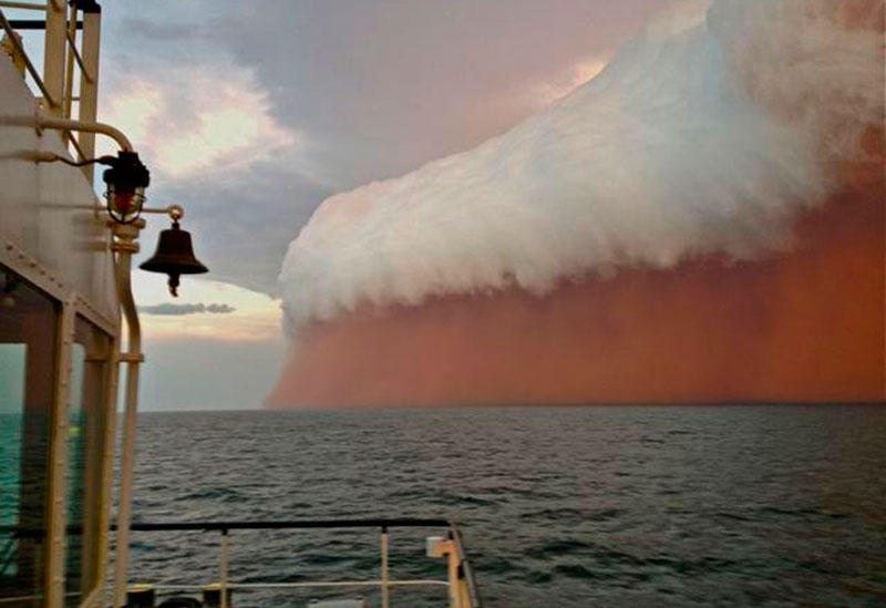 haboob dust cloud onslow australia 2013 15 Ominous Photos of Dust Storms