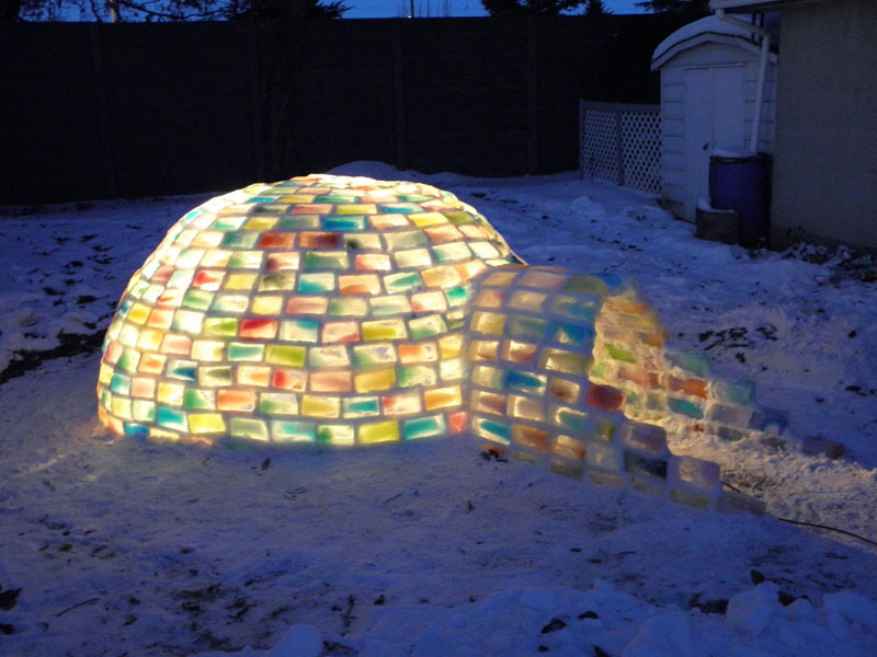how to make rainbow colored igloo using milk cartons (11)