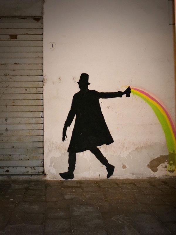 kenny random street art silhouette man (9)