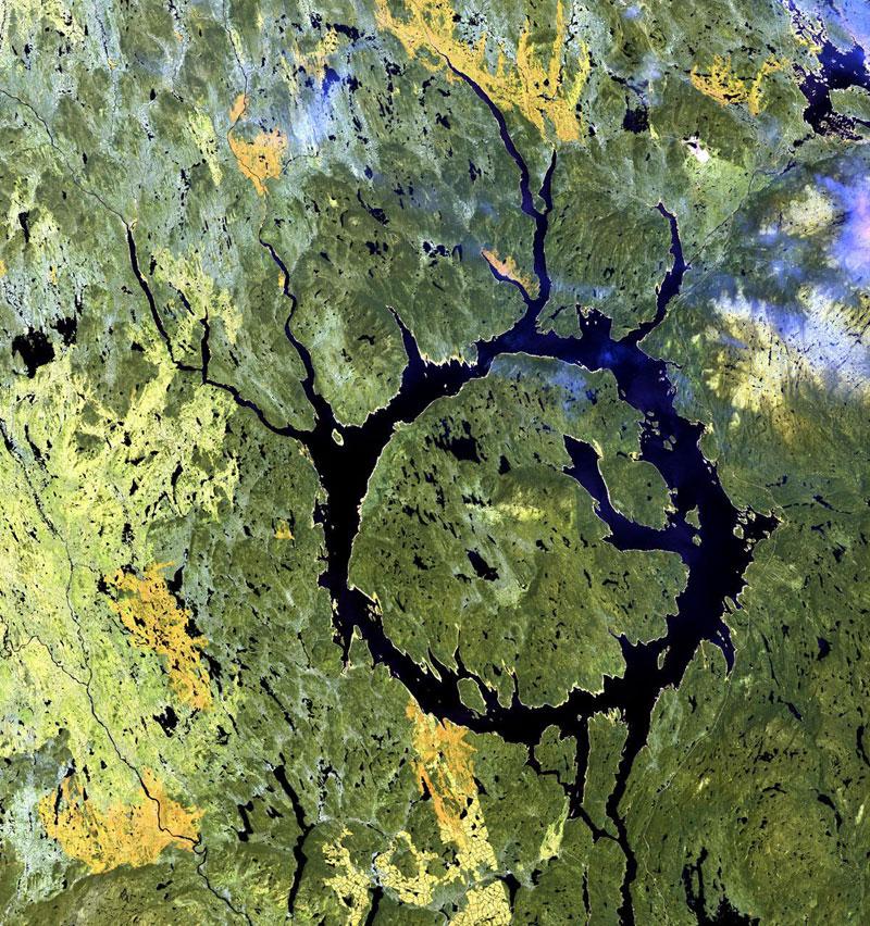 Manicouagan Impact Structure Quebec Canada landsat satellite image