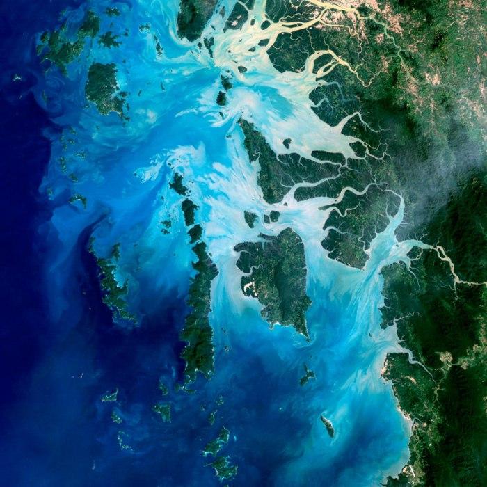mergui archipelago myanmar landsat satellite image Saturns 2000 km Wide Hurricane Eye