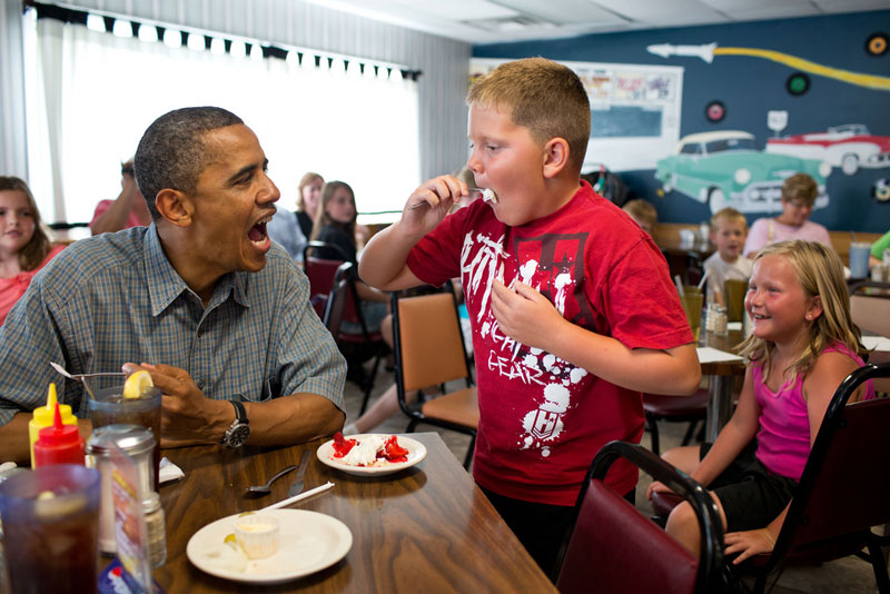 obama-kid-eating-pie.jpg
