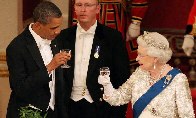 queen elizabeth barack obama toast cheers