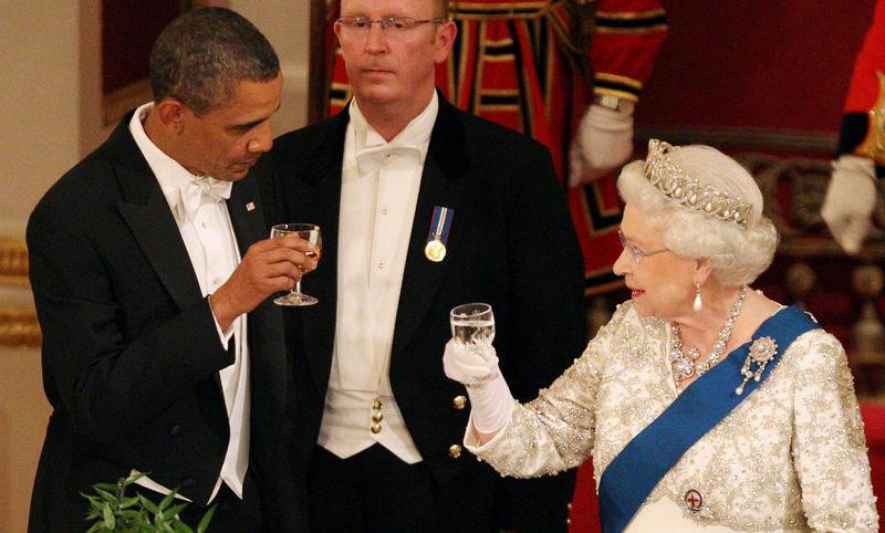 queen elizabeth barack obama toast cheers