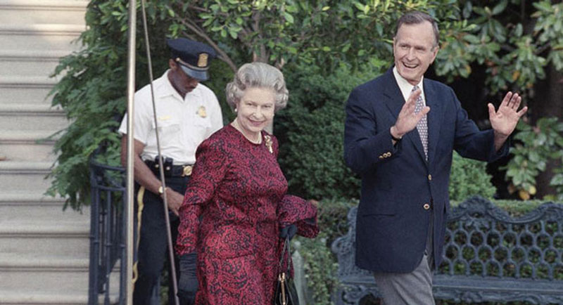 queen elizabeth george hw bush baltimore baseball game may 15 1991 washington Portraits of the Queen with the Last 12 U.S. Presidents
