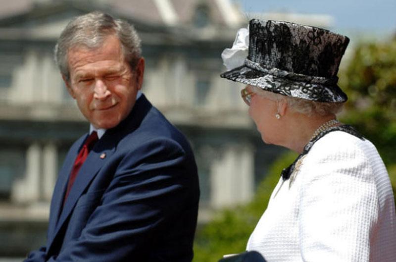 queen elizabeth george w bush winking