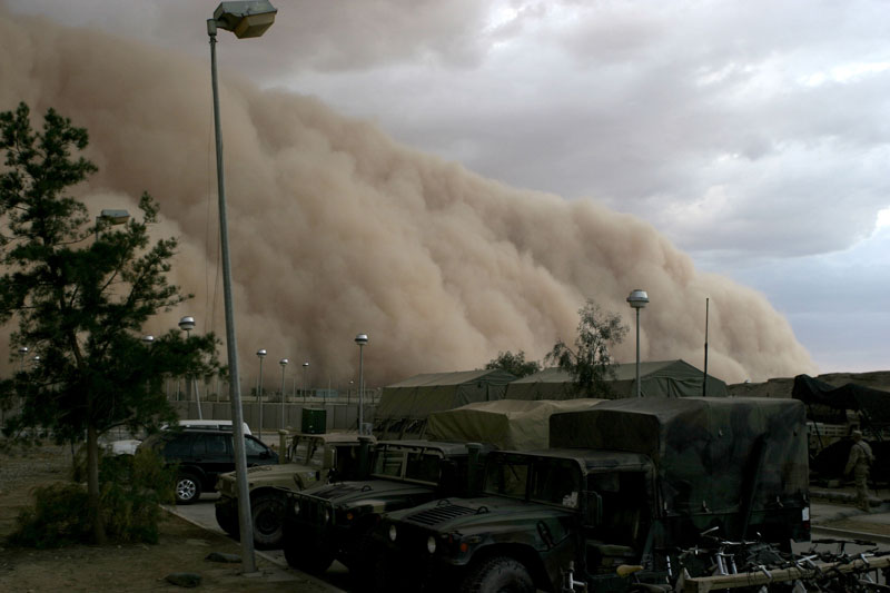 Sandstorm-haboob-al-asad-iraq-2005