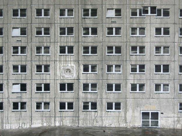 street art apartment building stencils by evol (14)