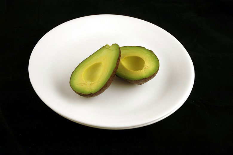 You Look Like An Avocado Quote: What 200 Calories Of Various Foods Looks Like «TwistedSifter