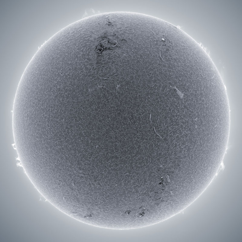 Detailed Photos of the Sun by a Backyard Astronomer