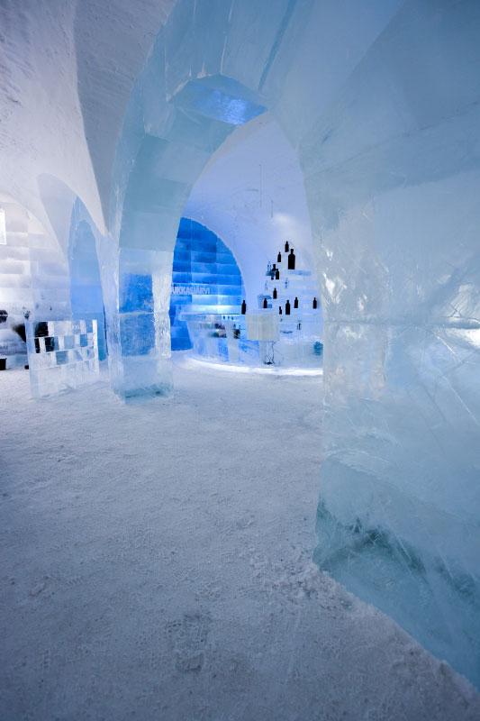 Ice10_IceBarJukkas_02L8399_533x800_72_100