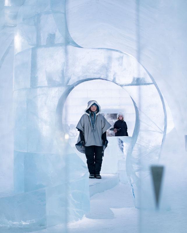 ICEHOTEL_Reception_-_Photo_Paulina_Holmgren_642x800_72_100