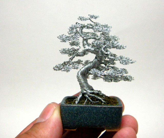 miniature bonsai tree wire sculptures by ken to twistedsifter. Black Bedroom Furniture Sets. Home Design Ideas