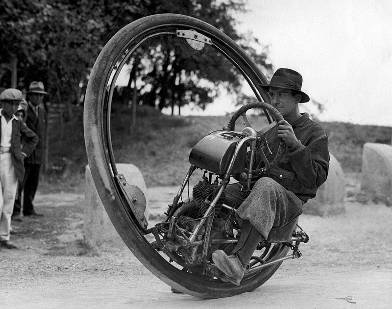 one wheel motor cycle Smithsonian Magazines 10th Annual Photo Contest [25 pics]