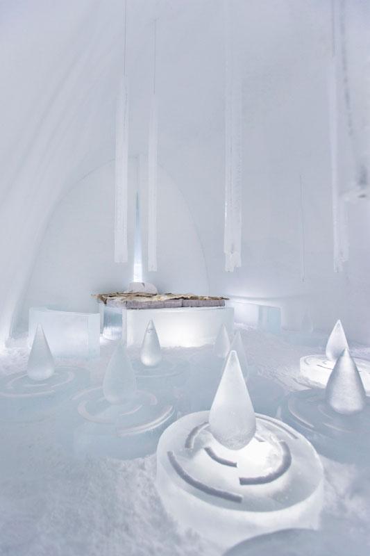 Rain_of_memories_-_Photo_Paulina_Holmgren_533x800_72_100