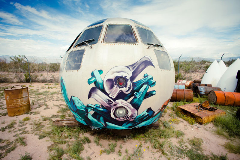 the boneyard project art on old planes (11)