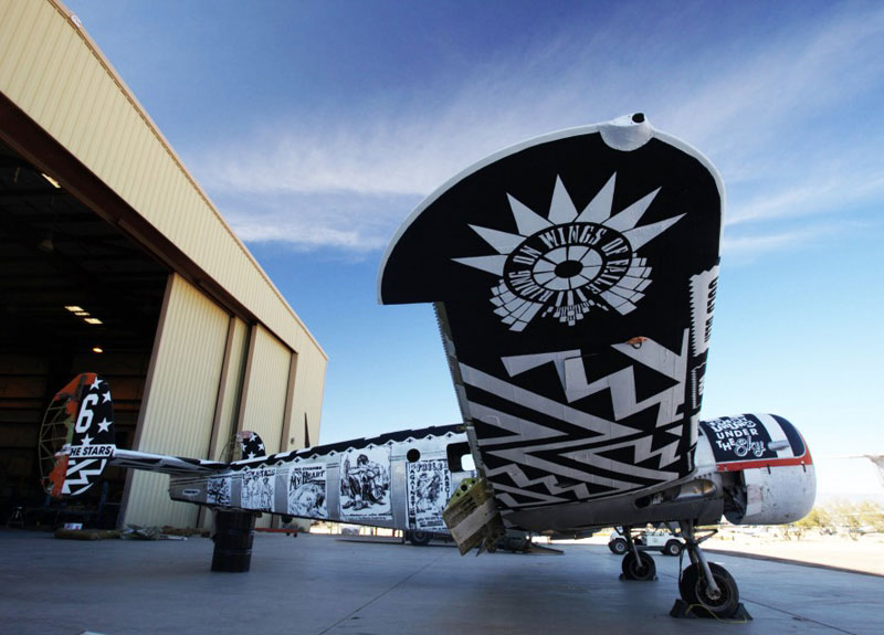 the boneyard project art on old planes (29)