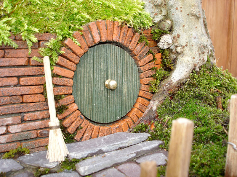 bonsai baggins hobbit home by chris guise (11)