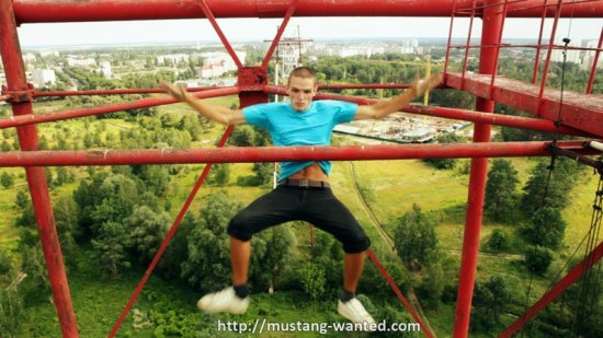 extreme rooftopping skywalking photos mustang-wanted russia (14)