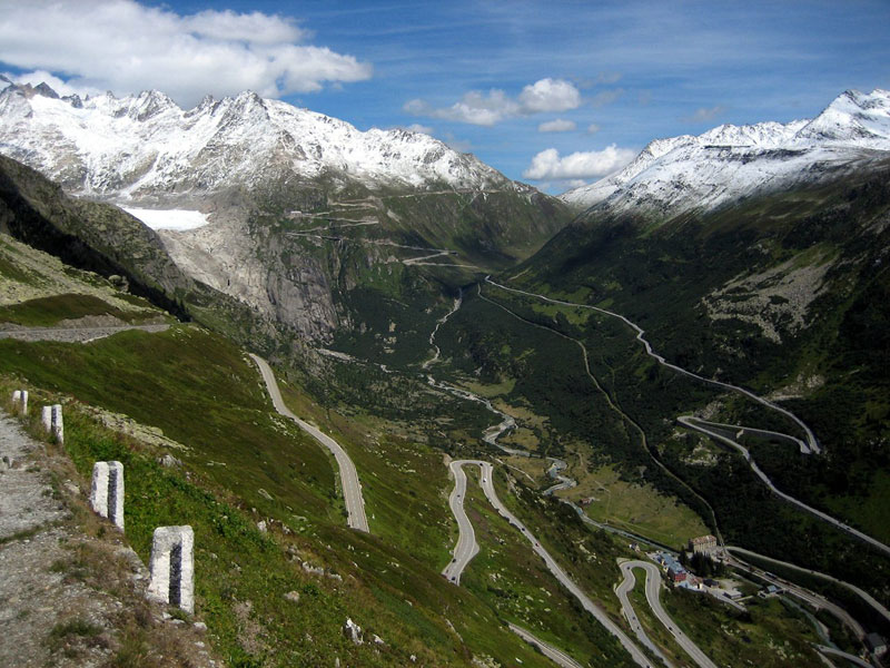 furkapassroute in switzerland as seen from grimselpassroute 27 Reasons You Should ALWAYS Ask for the Window Seat