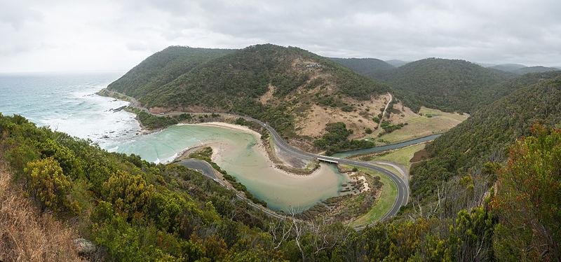 Great_Ocean_Road_Lorne_Australia