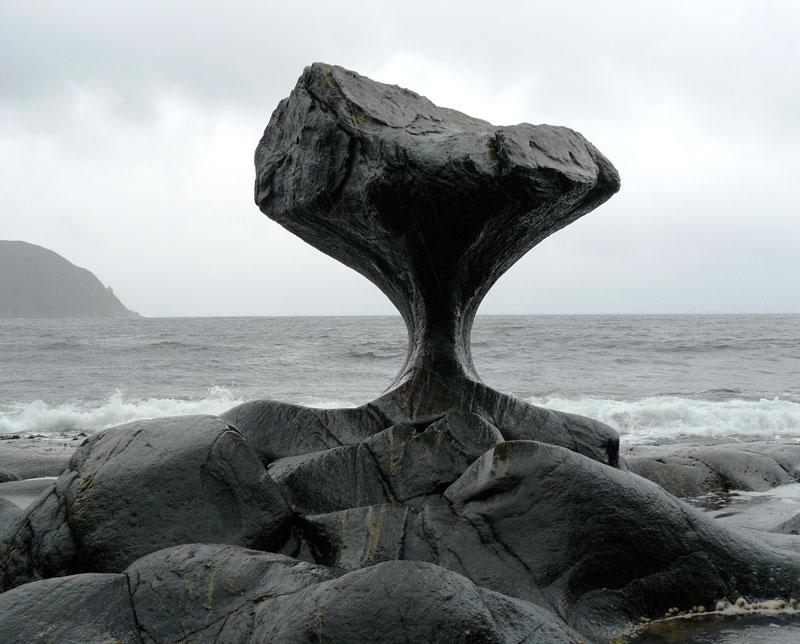 heart-shaped-rock-kannesteinen-rock-norway.jpg?w=800&h=644