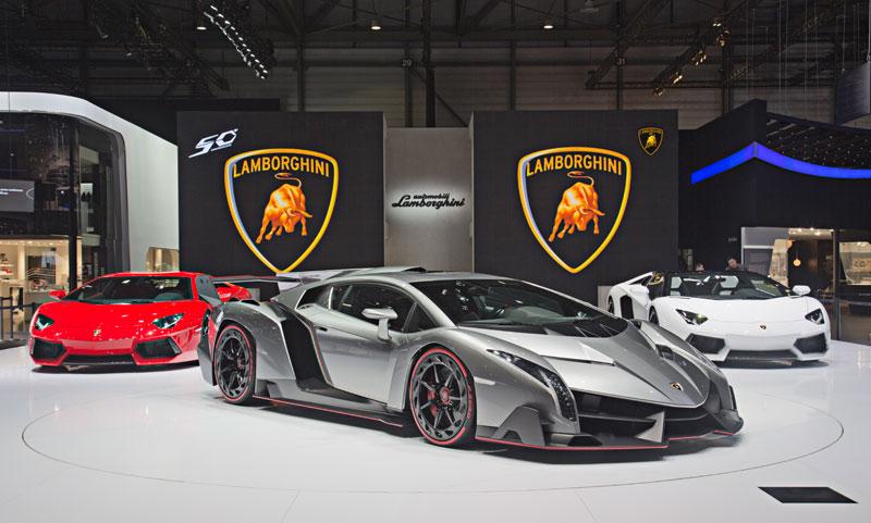 Lamborghini and Ferrari Unveil Latest Supercars «TwistedSifter