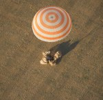 landing from space expedition 32 soyuz tma-04m spacecraft sept 17 2012twistedsifterlanding from space expedition 32 soyuz tma-04m spacecraft sept 17 2012picture of the day button