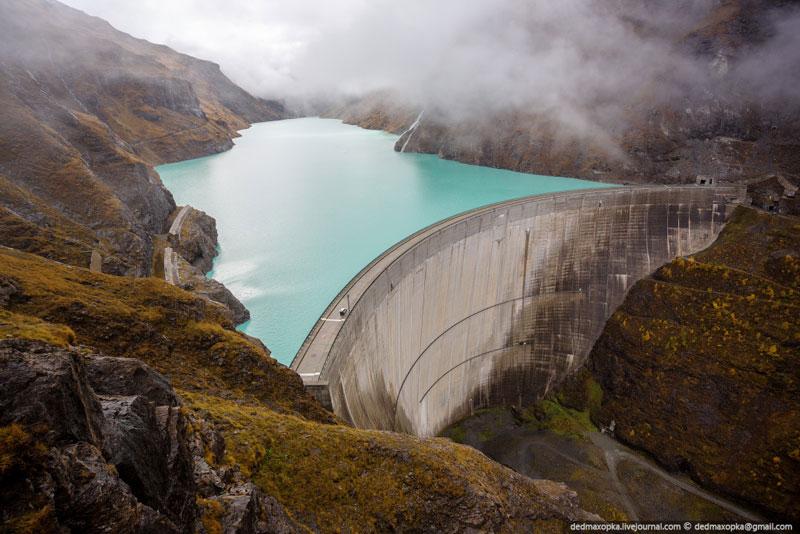 mauvoisin dam valais switzerland Picture of the Day: Mauvoisin Dam, Switzerland