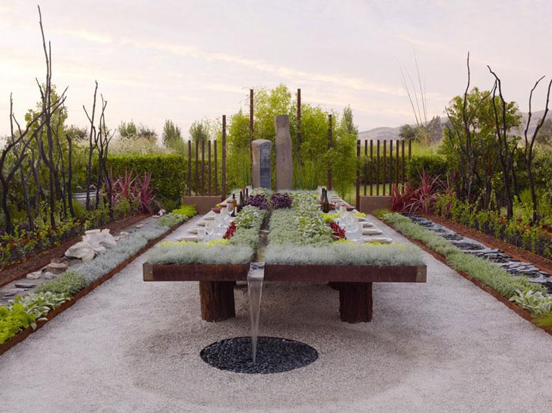 Outdoor Living Table Raised Bed Garden Design | Creative Raised Bed Garden Ideas: Yard Decor For Every Season
